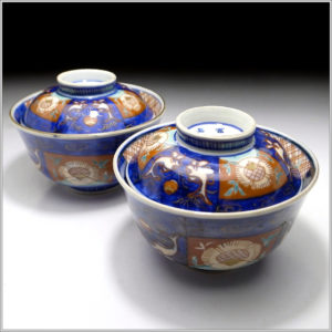 Four Signed Fuki Choshun IMARI Covered Bowls