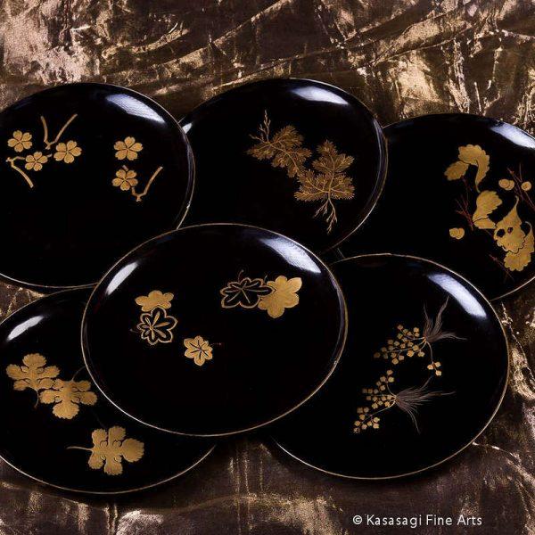 Six Meiji Lacquer Gold Maki Kashiki Plates